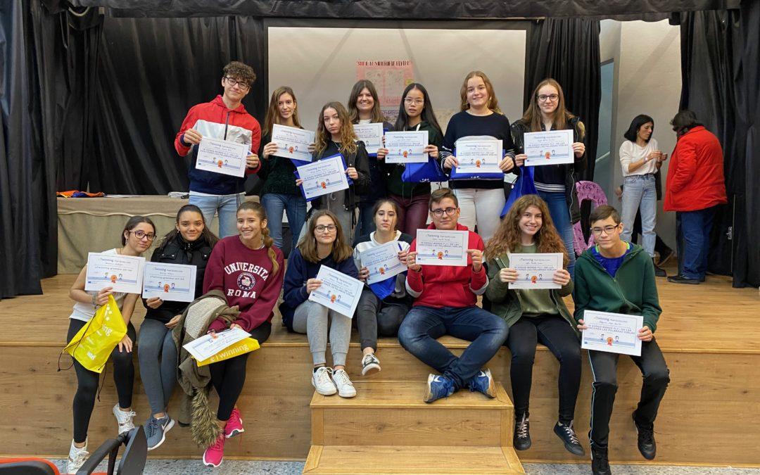 Entrega de diplomas de los alumnos participantes en el Programa «e-Twining»